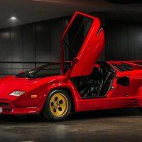 Lamborghini Countach - uma pop star nos novos videoclipes dos britânicos Muse